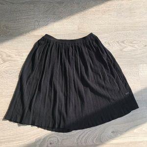 TITIKA Woven Pleated Skirt